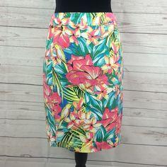 "Loft printed pencil skirt Loft printed pencil skirt Sz 2  98% cotton 2% spandex 20"" long LOFT Skirts Pencil"