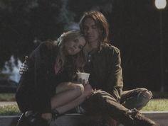 Pretty little liars Caleb et Hanna Il y a certaines choses qu'il vaut mieux ne pas savoir.