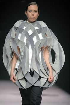 fashion sculpture - Buscar con Google