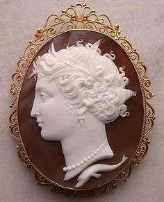 Victorian Cameo Brooch | Jewelry:Cameos