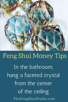Feng Shui Money tip for the bathroom: hang a faceted crystal from the ceiling. - Feng Shui Money tip for the bathroom: hang a faceted crystal from the ceiling. Create your Feng Shu - Feng Shui Studio, Feng Shui House, Feng Shui Basics, Feng Shui Tips, Feng Shui Wealth, Feng Shui Art, Konmari, Feng Shui Habitacion, Consejos Feng Shui