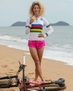 Bicycle Race, Bicycle Girl, Cycling Girls, Pro Cycling, Hannah Barnes, Vintage Cycles, Divas, Biker Girl, Female Athletes