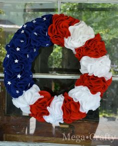 Mega•Crafty: Stars and Stripes Wreath