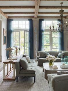 Красивый дом с традиционными европейскими интерьерами в США | Пуфик - блог о дизайне интерьера
