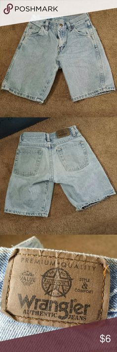 Wrangler boys shorts Light wash jean shorts. No staining or fraying. Tag is faded. Wrangler Bottoms Shorts