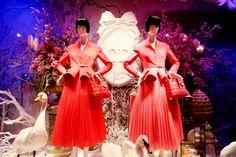 Dior Christmas Window Display at Printemps in Paris ~ The Cherry Blossom Girl Marion Cotillard, Cherry Blossom Girl, Dior, Christmas Window Display, Bridesmaid Dresses, Wedding Dresses, Shop Lighting, Christmas Shopping, Shop Windows