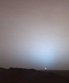 First photograph of sunset on Mars, 2005