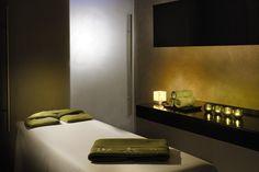 Spa massage room, Radisson Royal hotel