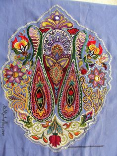 Mandorla. Hand embroidery (satin stitch, mostly) #embroidery Click to enlarge