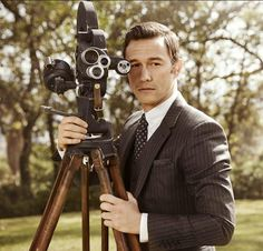 Joseph Gordon-Levitt by Sam Jones for Vanity Fair, October 2013