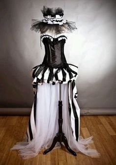 Custom size Black and White striped satin and tulle Circus Harlequin Burlesque corset prom dress with neck piece from Glamtastik on Etsy Fancy Dress, Dress Up, Burlesque Corset, Burlesque Outfit, Dark Circus, Circus Costume, Fantasias Halloween, Halloween Disfraces, Neck Piece