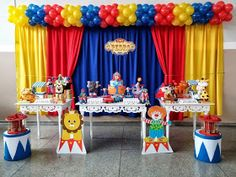 Momento Mágico Decorações : Festa Circo cortina Circus Party Decorations, Circus Carnival Party, Circus Theme Party, Carnival Birthday Parties, Carnival Themes, Circus Birthday, First Birthday Parties, Birthday Party Themes, Carnival Baby Showers