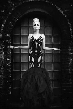 purrsz: Avant garde meets haute couture meets lite BDSM fashion. All Black Everything… (via chaneldreamsyslwishes)