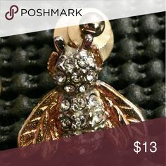 "Gorgeous looking ""Wasp"" Cubic Zirconia Stunning stainless steel ""wasp"" pin. Brand New!! Iknow Jewelry Brooches"