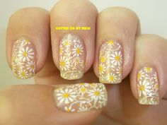 GLITTER ON MY NAILS: MARGARITAS / DAISIES