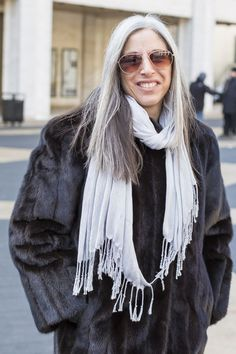 long sleek silver hair | 40plusstyle.com