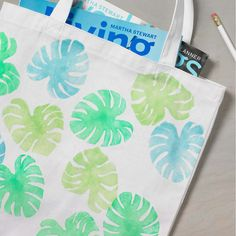Watercolor Tote Bag with Tropical Leaf using Martha Stewart Watercolor Paint Clay Crafts For Kids, Kids Clay, Mothers Day Crafts, Leaf Projects, Diy Craft Projects, Sewing Projects, Craft Ideas, Diy Crafts, Martha Stewart Stencils