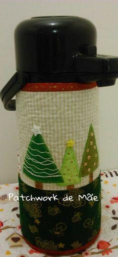 Capa de térmica. Arvores de natal. Patchwork de Mãe.