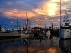 port-angeles-harbor-at-sunset-port-angeles-united-states+1152_12813829506-tpfil02aw-16250.jpg 1024×768 pixels