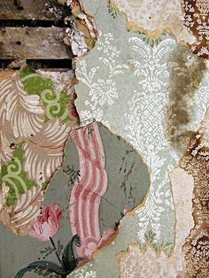 This is a dream of mine, to uncover such amazing old layers of wallpaper! Wabi Sabi, Wallpaper Layers, Archaeology For Kids, Peeling Wallpaper, Antique Wallpaper, Inspiration Wall, Vintage Design, Textures Patterns, Pattern Design