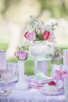 Lavender and Pink High Tea #hightea #party #decor