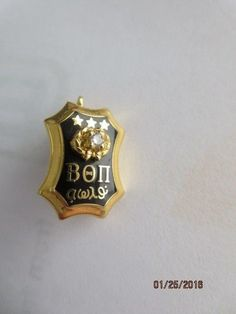 Beta Theta Pi Fraternity Badge Pin - w/diamond #Pins