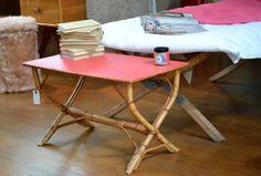 Petite table en rotin http://pastpluspresent.blogspot.fr/2011/06/petite-table-basse-en-rotin.html