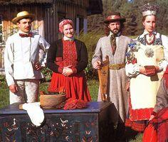 FolkCostume&Embroidery: Nica, Latvia
