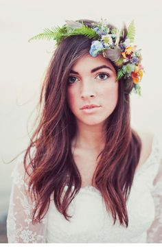 Perfect floral crown for a beach wedding.