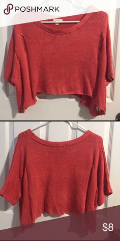 Coral cropped distressed knit sweater Coral cropped distressed knit sweater! Really cute with high waisted. It's quite oversized so can fit XS-M! Heritage 1981 Sweaters Crew & Scoop Necks