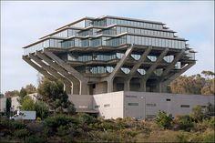 Giesel Library, UC San Diego in La Jolla, CA