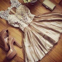 Round neck sleeveless stitching lace dress