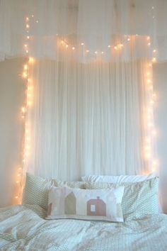 diy ideas for bedroom lights / canopy