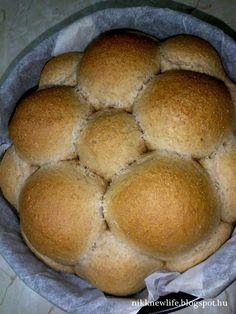 NIKK NEW LIFE  -   ÚJ ÉLET SZABADON, BOLDOGAN, JÓÍZŰEN: A tépős kenyér :) Ciabatta, Hamburger, Bakery, Food And Drink, Bread, Pcos, Life, Breads, Burgers