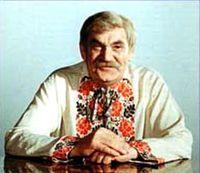 """Петро ВесклярДіда Панаса часто по дорозі зупиняли глядачі, просили автографи, розмовляли. Коли діти запитували: """"Діду, а ви козак?"""" Він відповідав: """"Так, синку, і я, і мій дід, і мій прадід, всі ми козацького роду, бо походимо з Коліївщини."""""""