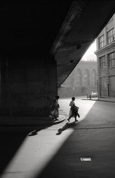 Orville Robertson - Under the Brooklyn Bridge, NYC, 1986 From NYC Street Corners series