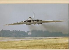 """british-eevee: """"Avro Vulcan making a low pass (Date and location unknown) """" Military Jets, Military Aircraft, Commonwealth, Vickers Valiant, Anti Flash, V Force, Avro Vulcan, Delta Wing, Air Force Aircraft"""