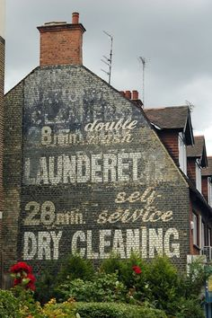 Painted signs and mosaics: Launderette, Golders Green Advertising Signs, Vintage Advertisements, Vintage Ads, Building Signs, Building Art, Vintage Tin Signs, Sign Writing, Old Signs, Vintage Typography
