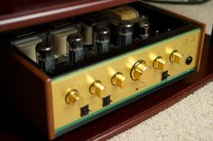 'Topless' Leben CS-600 integrated amplifier with KT90 tubes.