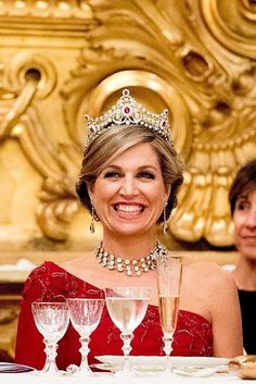 QUEEN MÁXIMA WEARS THE TIARA AND NECKLACE OF THE RUBY PEACOCK PARURE Dutch State Visit to Italy - Day 1