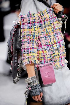 Chanel Spring 2014 Ready-to-Wear Detail - Chanel Ready-to-Wear Collection