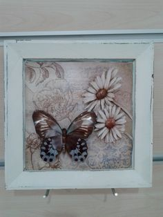 Kağıt rölyef tablo Fence Art, Quilling, Picture Frames, Mixed Media, Butterfly, Pictures, Crafts, Home Decor, Insects