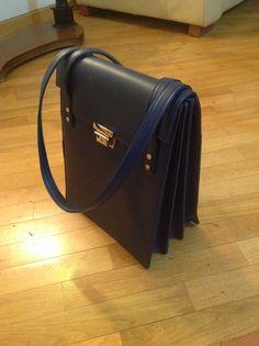 Accordian bag