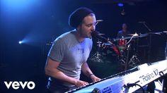 OneRepublic - Apologize (AOL Sessions) - YouTube