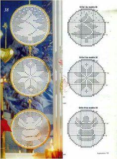 Filet crochet Christmas motifs with graphs Crochet Christmas Wreath, Crochet Christmas Ornaments, Christmas Crochet Patterns, Holiday Crochet, Christmas Cross, Filet Crochet Charts, Crochet Motifs, Crochet Art, Thread Crochet