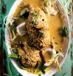 Tamarind-flavoured Thai chicken curry