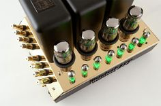 McIntosh MC275 tube amplifier