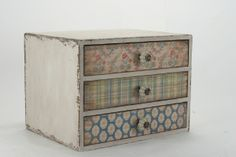 Three Drawer Cabinet [pce124] - £49.95 : Flutterbyes