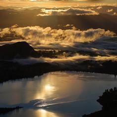 Lake Wanaka, New Zealand  Instagram photo by @ridgelinenz •