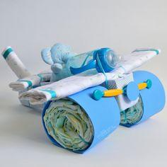 avión con pañales niño